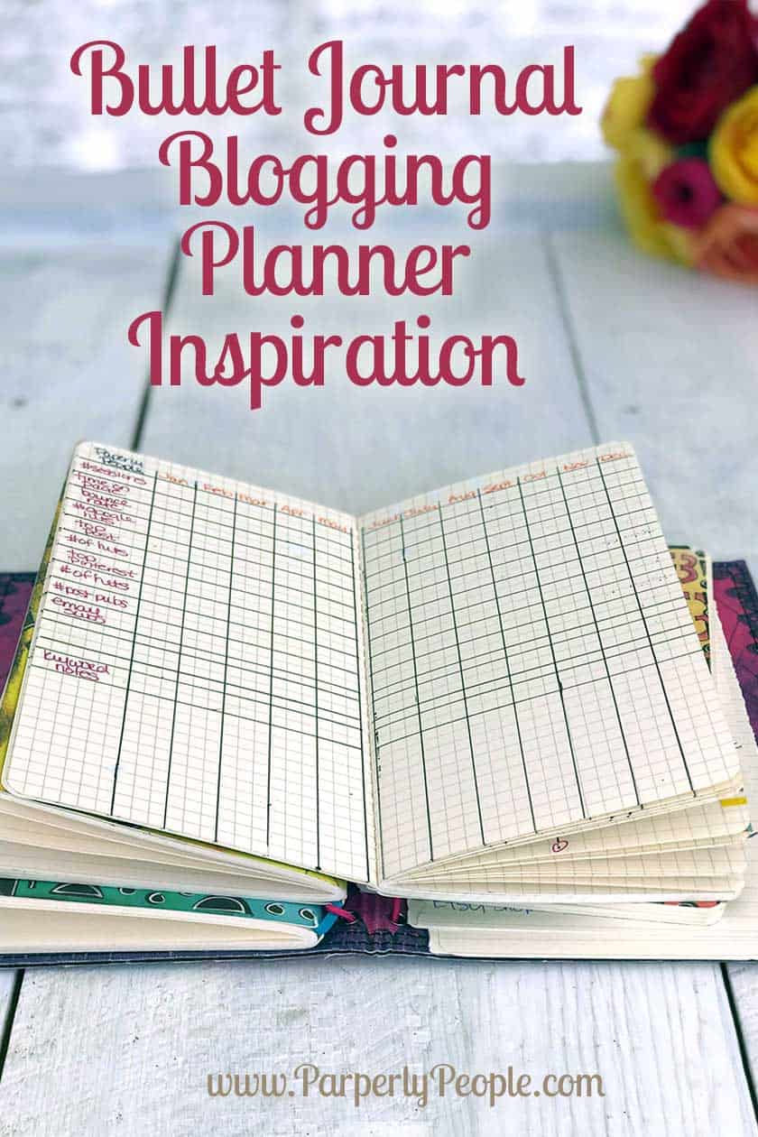 Bullet Journal Blogging Planner Inspiration - Tips and ideas for your travelers notebook blog planner. Includes stats tracker, schedule and layout. #bulletjournal #travelersnotebook